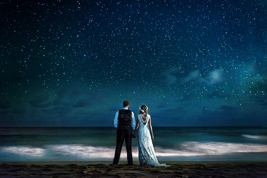 maui hawaii adventure wedding and elopement photographer with epic stary night stars photo