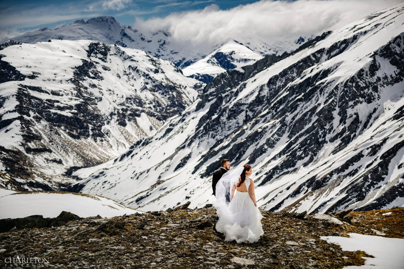 top mount cook new zealand wedding photos in Aoraki national park with heather & jason | Adventure Elopement photographer charleton churchill