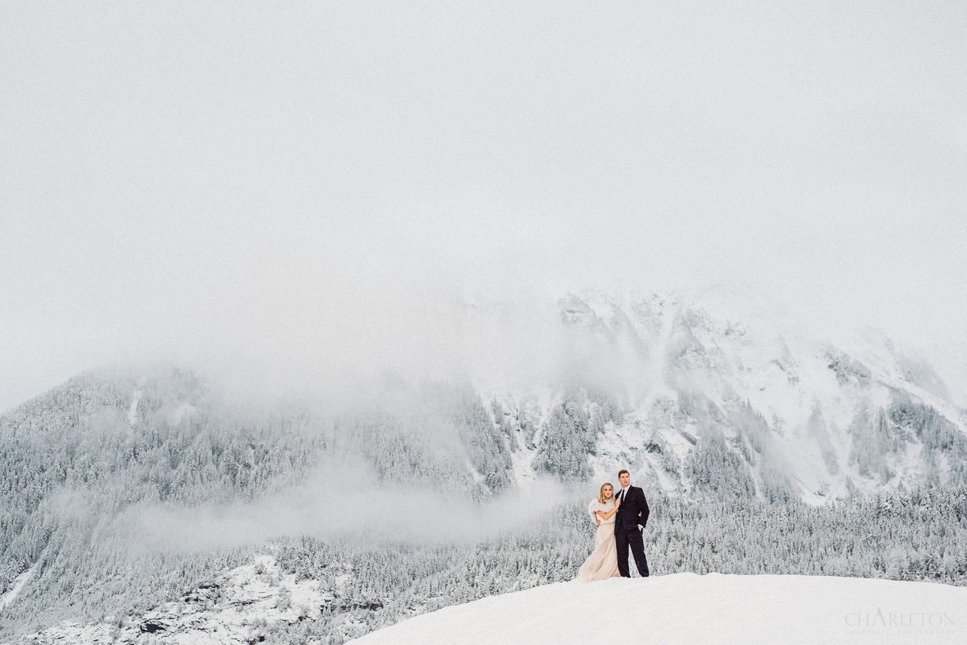 winter wedding in wild alaska in Juneau
