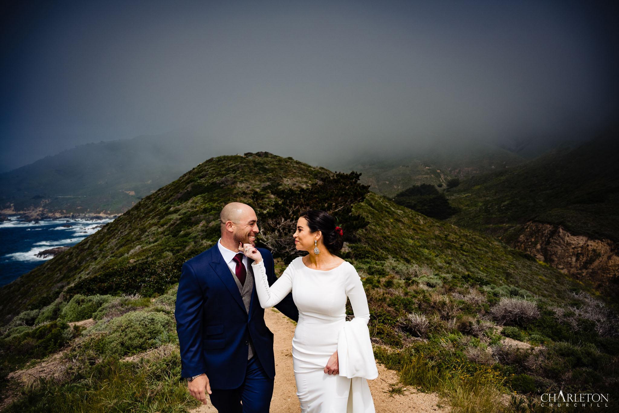cute big sur destination wedding photos along coast