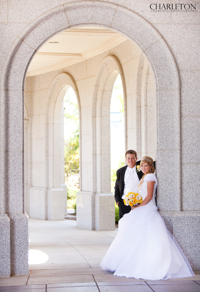 Sacramento Mormon photographer at LDS Temple for a mormon wedding