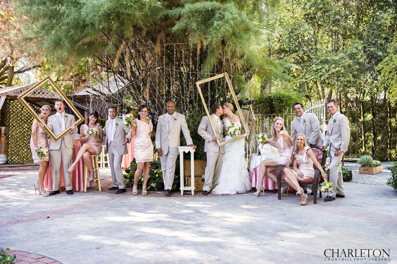 creative bridal party photo at Ione Heirloom Inn