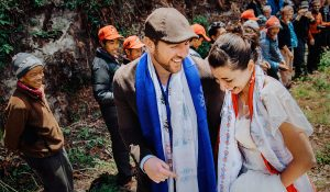 happy wedding couple after mt everest wedding with sherpas and guides