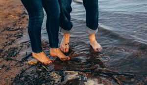 dirty muddy feet during photo shoot in water
