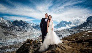 epic adventure wedding mt. everest
