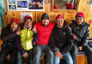 charleton photo with sherpas on everest view lodge
