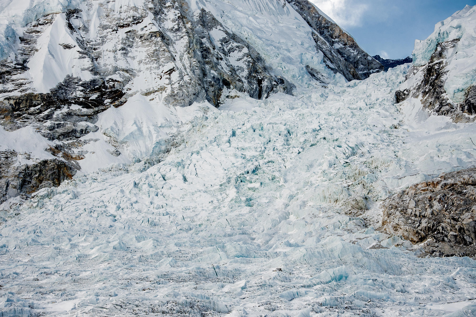 khumbu ice-fall on march 16, 2017