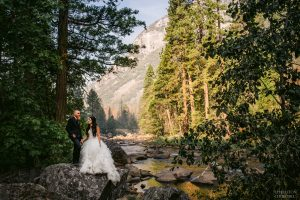 valley of yosemite with bride and groom photography