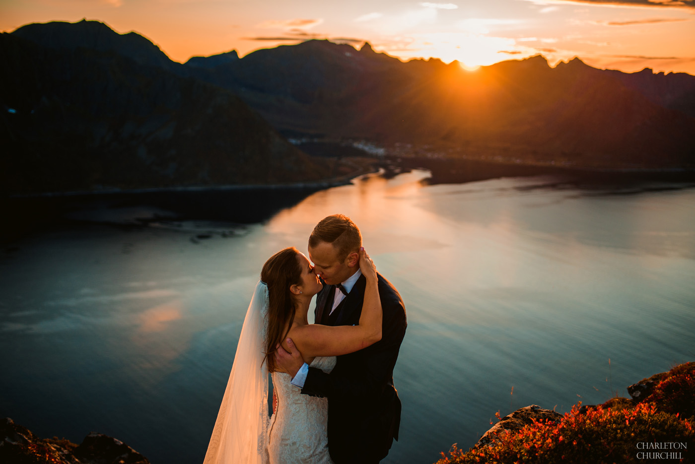 natural light sunset photos with glowing couple among the fjords of Norway