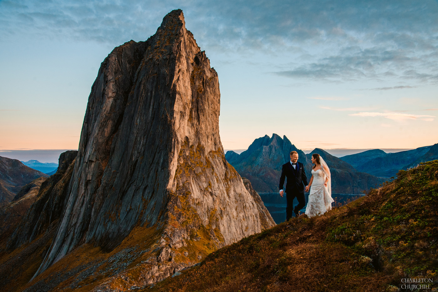 epic wedding photos in the mountains with adventure wedding couple of Norway destination