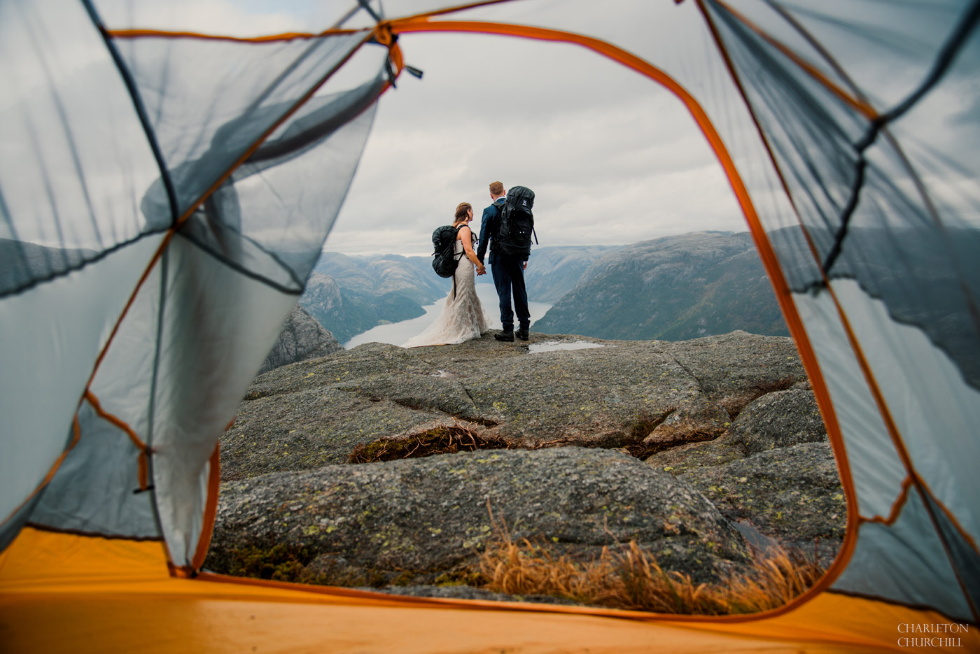 backpackers and campers life wedding photos by adventure wedding photographer Charleton churchill